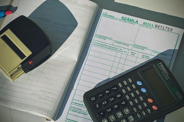 Munkabér adózás, számlázás